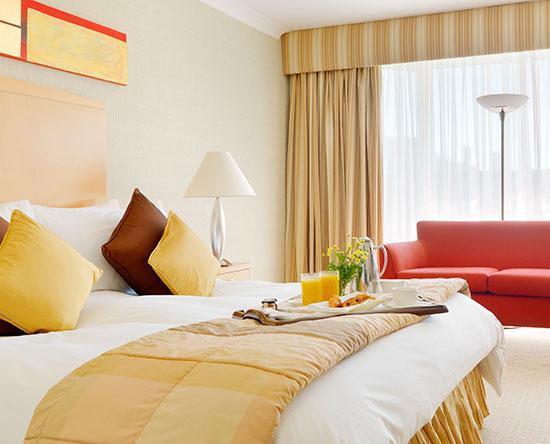 Conrad Dublin hotel, Irland - Deluxe Zimmer mit King-Size-Bett