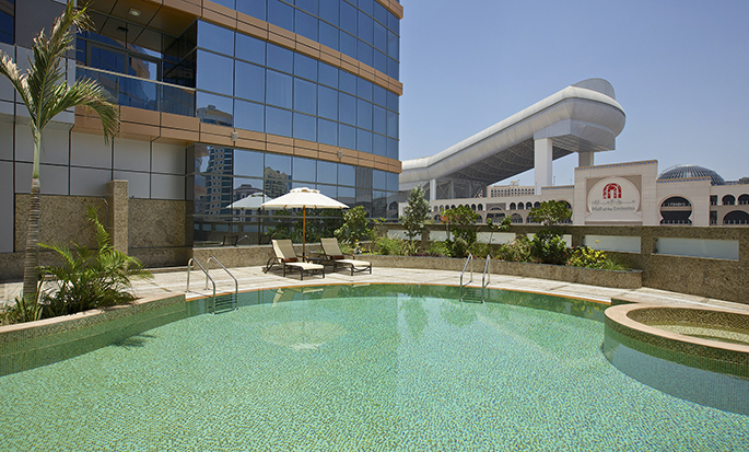 DoubleTree by Hilton Hotel and Residences Dubai - Al Barsha - Pool