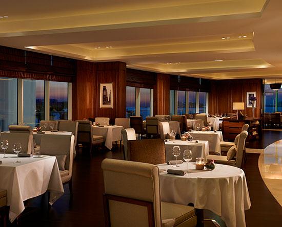 Waldorf Astoria Dubai Palm Jumeirah, VAE – Social by Heinz Beck