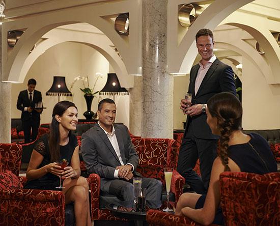 Waldorf Astoria Dubai Palm Jumeirah, VAE – Serafina Bar
