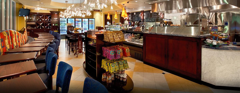 Gönnen Sie sich einen Snack oder eine Erfrischung im Le Marché