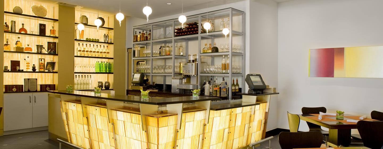 In der schönen Bar können Sie sich leckere Drinks schmecken lassen