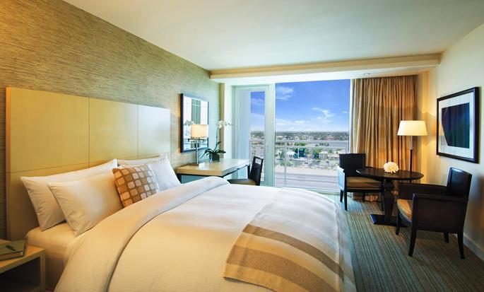 Hilton Fort Lauderdale Marina - Guest Room