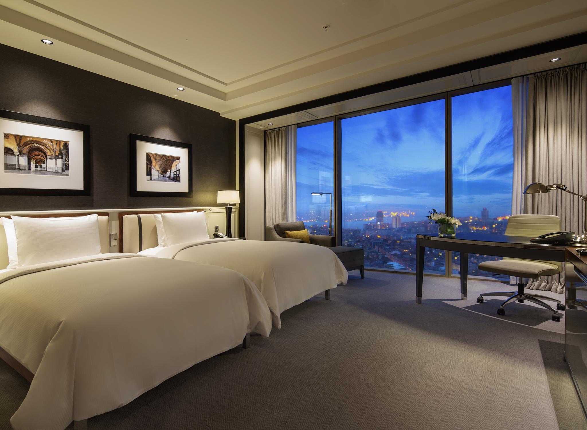 Istanbul sisli hotels hilton istanbul bomonti hotel for Big box hotel bomonti