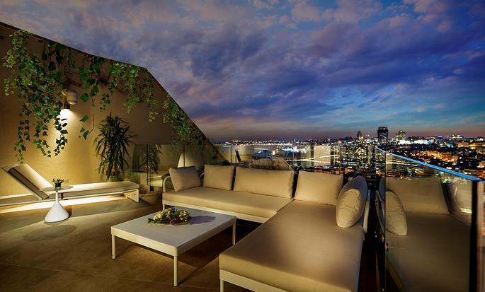 Conrad Istanbul Hotel, Türkei– Suite mit Terrasse