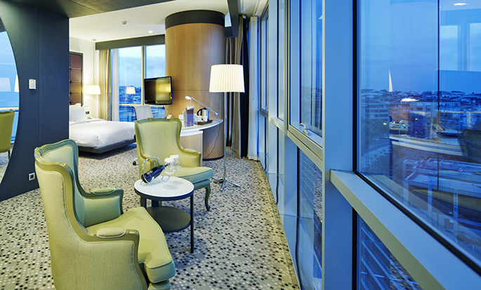 DoubleTree by Hilton Hotel Istanbul - Moda, Turkey -  King Suite Living