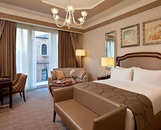 Waldorf Astoria Jerusalem Hotel, Israel – Deluxe Zimmer mit King-Size-Bett und Balkon
