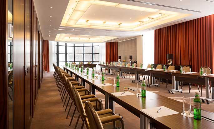 Hilton Kyiv Hotel, Ukraine – Meetingraum Istanbul