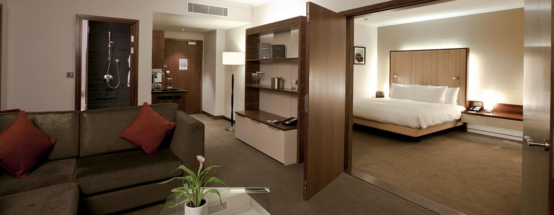 Die großzügige Suite wird Sie mit separaten Wohn-und Schlafbereich überzeugen