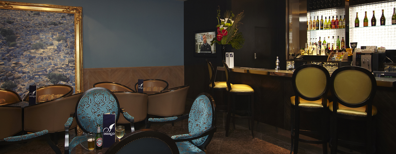 Entspannen Sie bei einem Drink in der Lobby Lounge Indigo