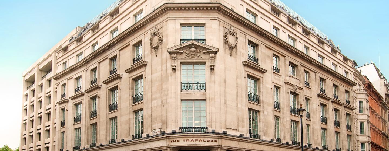 Trafalgar Hilton - Vorderseite des Hotels