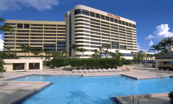 Hilton Miami Airport Hotel, Florida – Außenansicht mit Swimmingpool