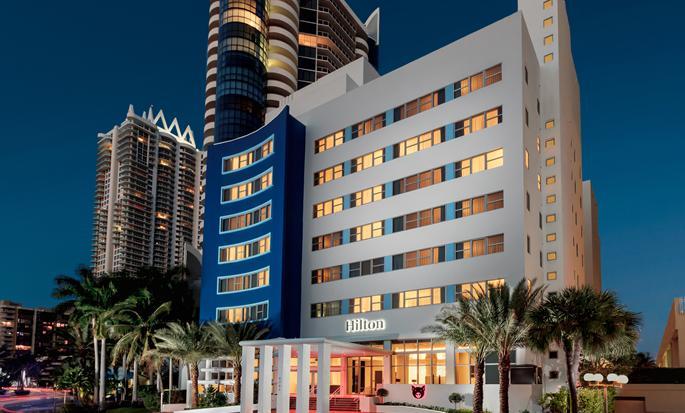 Hilton Cabana Miami Beach - Hotel Exterior