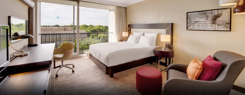 Hilton Gästezimmer mit Queen-Size-Bett