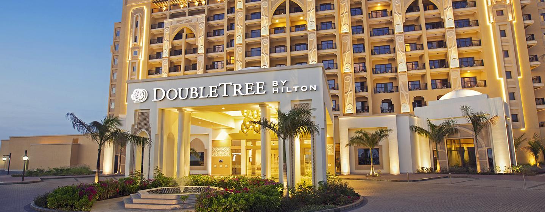 DoubleTree by Hilton Resort & Spa Marjan Island, Ras Al Khaimah, VAE – Außenbereich des Hotels