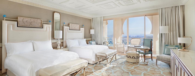 Die Deluxe Zimmer sind mit zwei Queen-Size-Betten ausgestattet