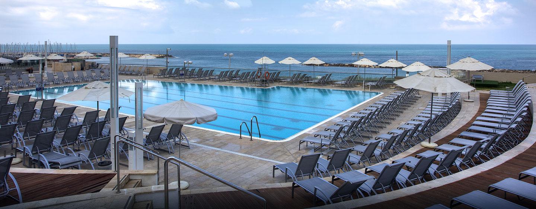 Hilton Tel Aviv Hotel, Israel – Swimmingpool
