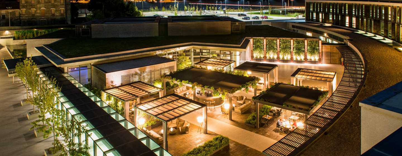 DoubleTree by Hilton Hotel Venice– North, Italien– Arco Garden bei Nacht